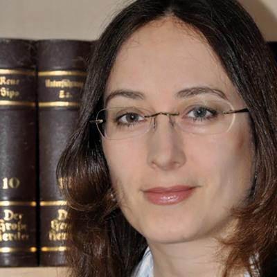 Cora Zierenberg